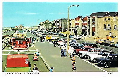 Postcard - Cars at the Promenade Towyn - Merionthshire Wales