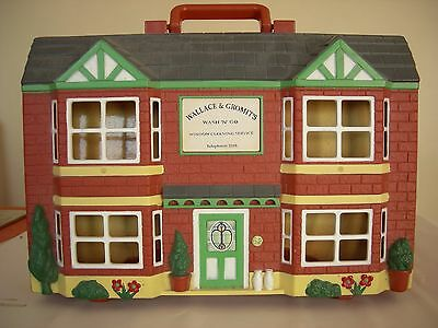 Wallace & Gromit 'Wash & Go' playhouse + 4 Figures