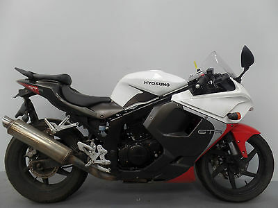 2015 Hyosung Gt 125 Rc Damaged Spares Or Repair **no Reserve** (10693)