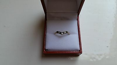 9ct gold sapphire and cubic zirconia ladies ring. size P.