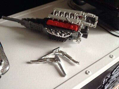 1:18 American Muscle Car Engine And Gearbox For Diorama Garage 1/18 Scale.