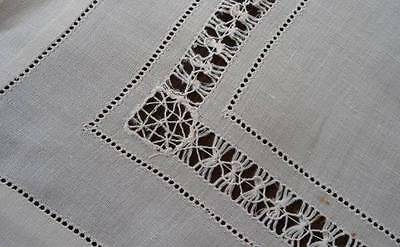 """Vintage Linen Tablecloth Needle Weaving Lace DrawnThread Wide Hemstitch 34"""""""
