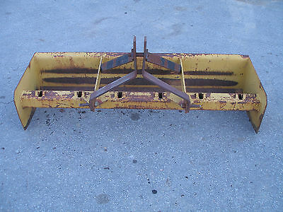GOOD USED   6 ft  3 POINT HITCH   BOX BLADE