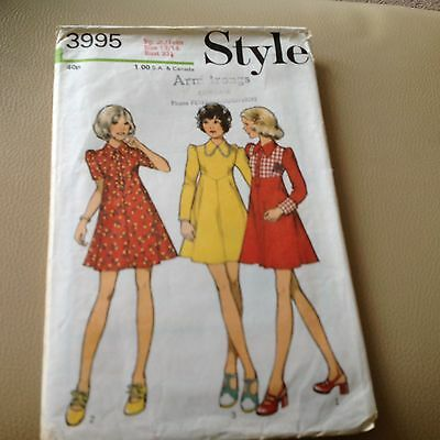 Vintage 1970s Sewing Pattern Dresses Sizes Teen 13/14