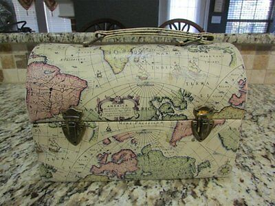 Vintage Very Nice Very Rare Old Maps Of The World Vinyl Dome Lunchbox
