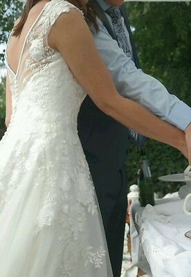 Sincerity Bridal Gown Wedding Dress Ivory Size 10 Lace Boat Sweetheart Neck