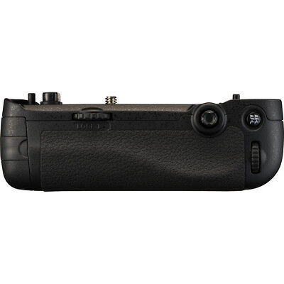 Nikon MB-D16 Battery Pack for The Nikon D750  (VFC00501)