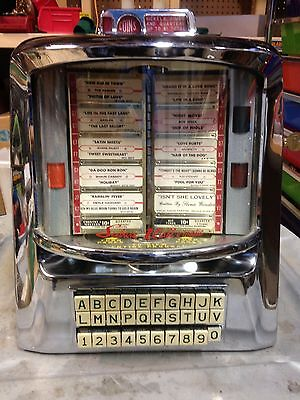 Antique Vintage 1959 Seeburg D-3Wa Wall-O-Matic Jukebox With Key