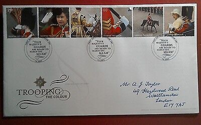 2005 Handwritten Royal Mail Fdc - Trooping The Colour Stamps - London Sw1