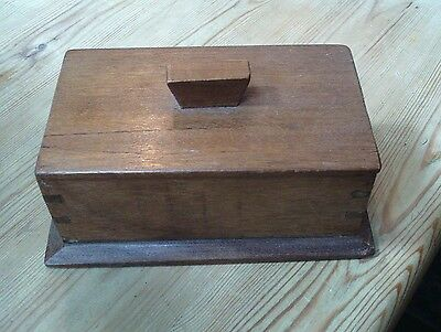 Vintage small wooden box with lid