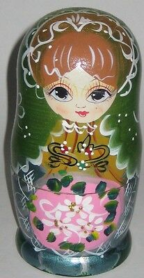 Young RUSSIAN Girl w/Big EYES 5 PIECE Set NESTING DOLLS Hand DECORATED