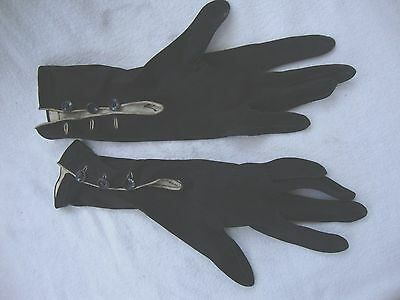 Vintage Pair Of Ladies Ligny France Suede Kid Leather Gloves With Button Detail