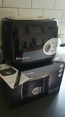 Brand New Russell Hobbs Buxton 2 Slice Toaster In White