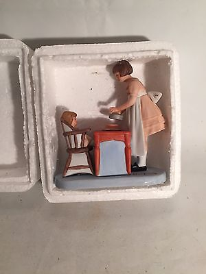Norman Rockwell Small Figurine ″surprise Treat″ Vintate The Norman Rockwell Muse