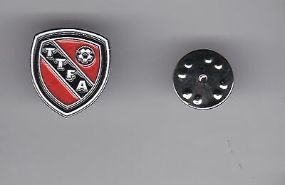 Trinidad and Tobago Football Association - lapel badge butterfly fitting