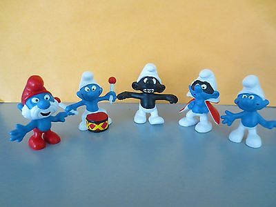 5 MINT smurf from GERMANY including the black teeth and red eyes smurf 1999