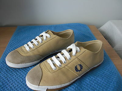 Women's Fred Perry Canvas Casual / Plimsoll Shoe. Size uk 6