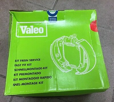 Valeo Kit Freins A Tambours Arriere @ Neuf @ Ref 554693 @ Peugeot 205 @ N2207