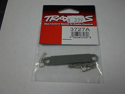 Traxxas 3727A  BATTERY HOLD DOWN PLATE    NEW NIP