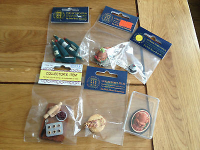 Assorted Dolls House Emporium Items Lot 1