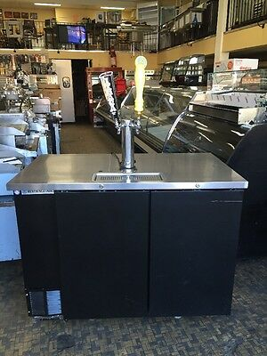 Beverage-Air (Dd50-1-B) Two Taps 1 Tower Draft Beer Cooler Used
