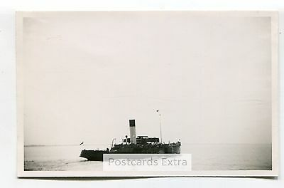 """Paddle steamer """"Wingfield Castle"""" leaving Hull, 1947 - old postcard-sized photo"""