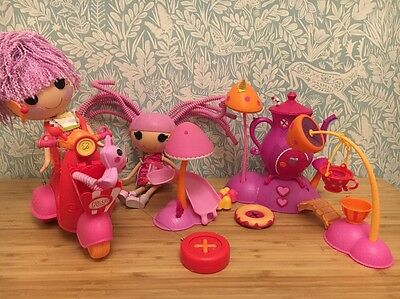 Lalaloopsy Mini Lala-oopsies 3 Floating Islands & Remote Control Scooter