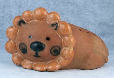 Ceramic Pottery Lion Figurine With Holes On Back Hairpin Holder