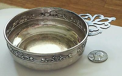 "Sterling Silver 4"" Inch Round  Candy dish with Silver Handle 80.53 Grans"