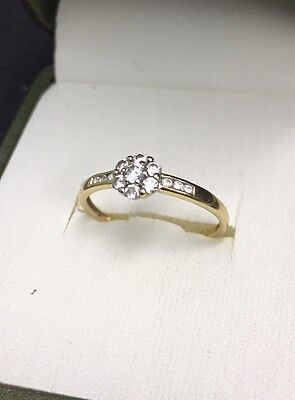 Daisy Cluster Edwardian 18ct (750) Gold Ring