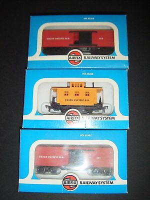 Airfix HO Scale 3 x Union Pacific Wagons MINMBs
