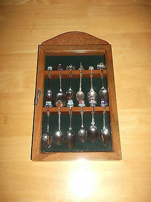 Lovely Vintage Set Of 12 Silver Plated Spoons In Glass Fronted Display Case