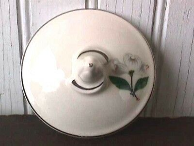 **white Dogwood Blossom (1) Sugar Lid Only Taylor, Smith & Taylor Us4-F