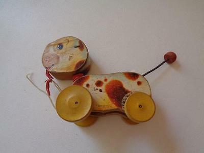 Vintage Fisher Price Wooden Pull Toy #465 Woofy Wagger