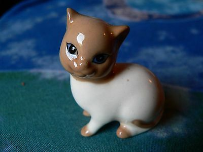 Szeiler Pottery Ceramic Cat Figure