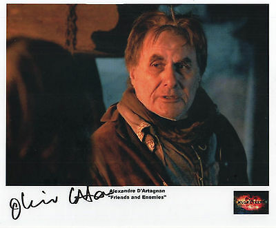"""The Musketeers Auto Photo Print Oliver Cotton """"Alexandre D'Artagnan"""""""