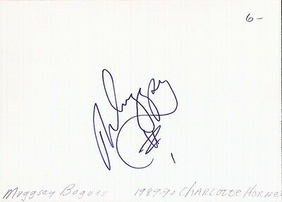 Autographed Index Card - Muggsy Bogues Charlotte Hornets NBA's Shortest Player
