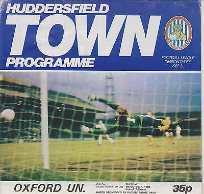HUDDERSFIELD TOWN v OXFORD UNITED 82-83 LEAGUE CUP MATCH