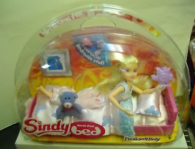 #1265 NIB Sindy Time for Bed Doll Set