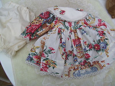 Alte Puppenkleidung Flowery Dress Outfit vintage Doll clothes 45 cm Girl