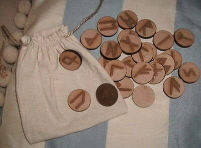 WOODEN RUNES & POUCH - Round - Futhark Norse Wood Wiccan Pagan Divination Stones