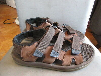 Brown leather sandals size 9 by Chatham