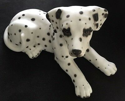 Dalmatian china dog by Harvey Knox DO32A great collectable animal figurine
