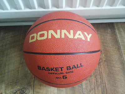 Donnay Basket Ball Official Size 5