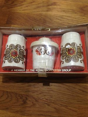 Palissy Condiment Set Boxed