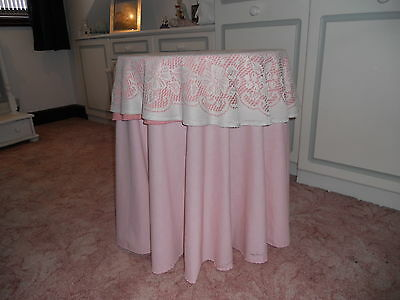 Chipboard Table and Table Cloths