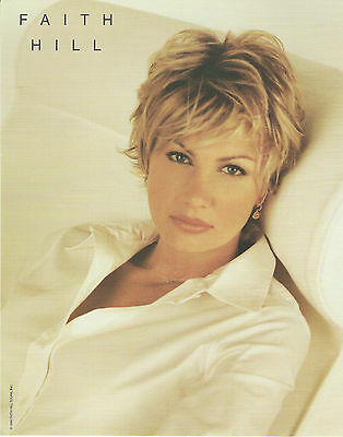 Faith Hill 8 X 10 Photo With Ultra Pro Toploader