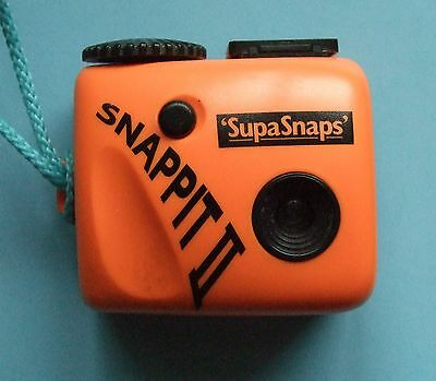 SUPASNAPS  SNAPPIT 11 CAMERA - 126 Film - 1980s
