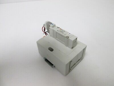 "SMC SY5140-5LOZ Pneumatic Solenoid Valve, Tube Connections: 3/8"" and 1/4"""