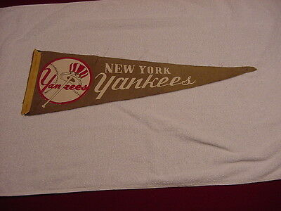VERY RARE 1930's/1940's New York Yankees 26 Inch Pennant, LOOK!!